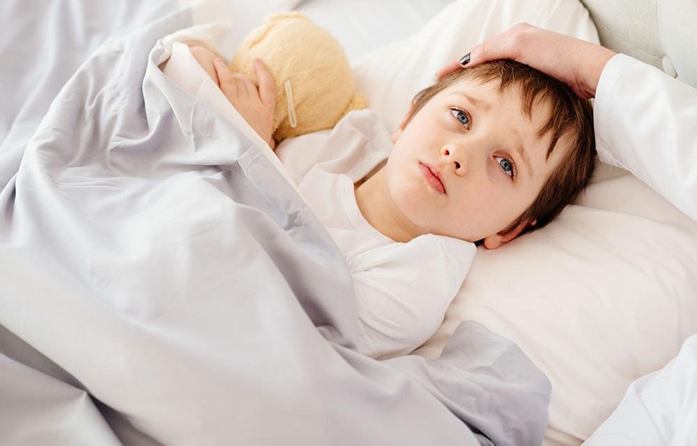 Повышенный ацетон в моче у ребенка: причины и симптомы