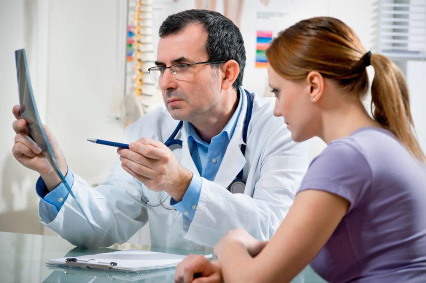 Минздрав увеличил время приема у врача до 15 минут — Российская газета